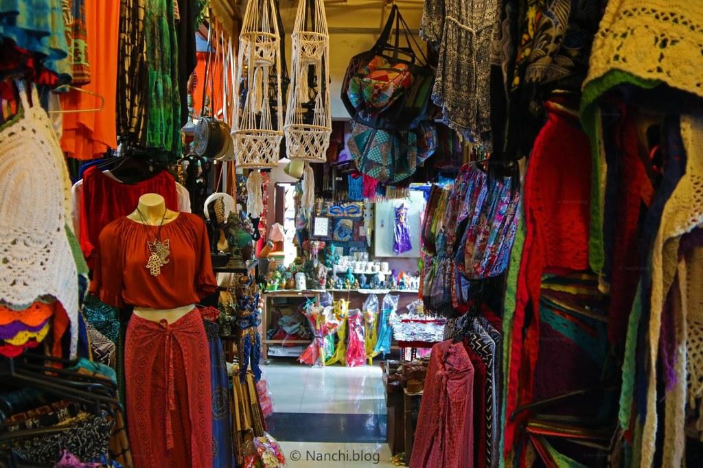 An Apparael shop, Ubud Market, Ubud, Bali, Indonesia