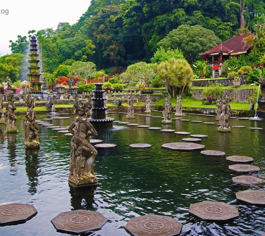 Taman Tirtagangga, Bali, Indonesia
