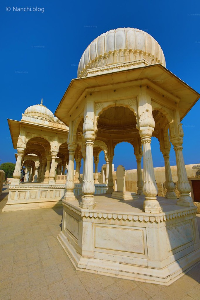 Cenotaphs, The Royal Cenotaphs, Devikund Sagar, Bikaner