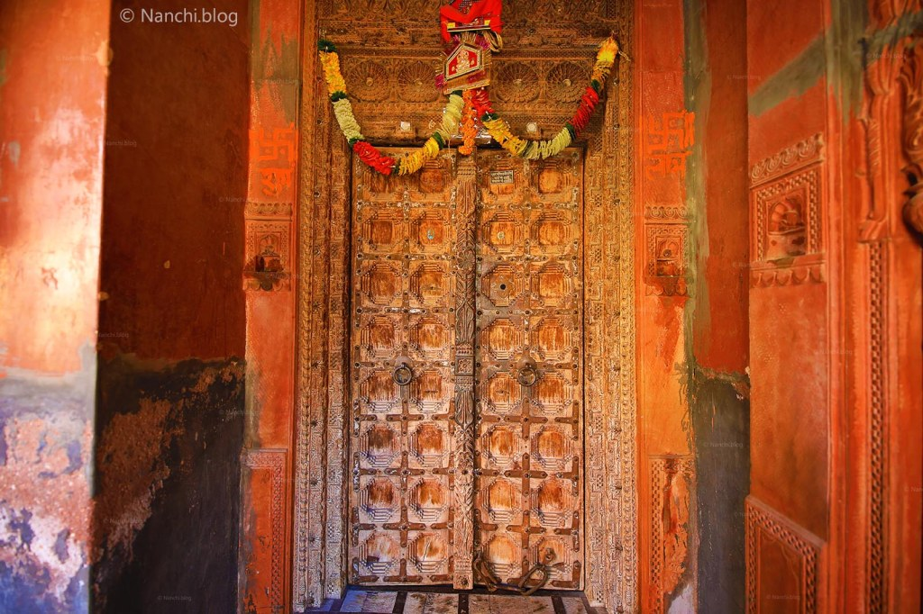 Old Traditional Door, Rampuria Havelis, Bikaner, Rajasthan