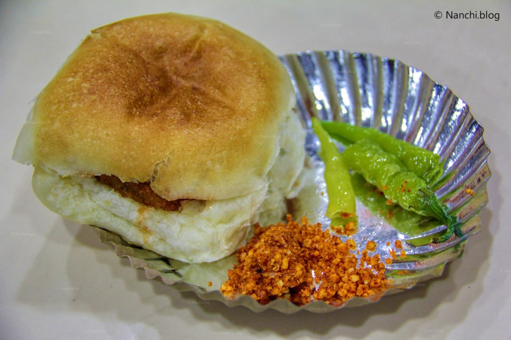 Mix Veg Vada Pav with groundnut chutney and green chillies