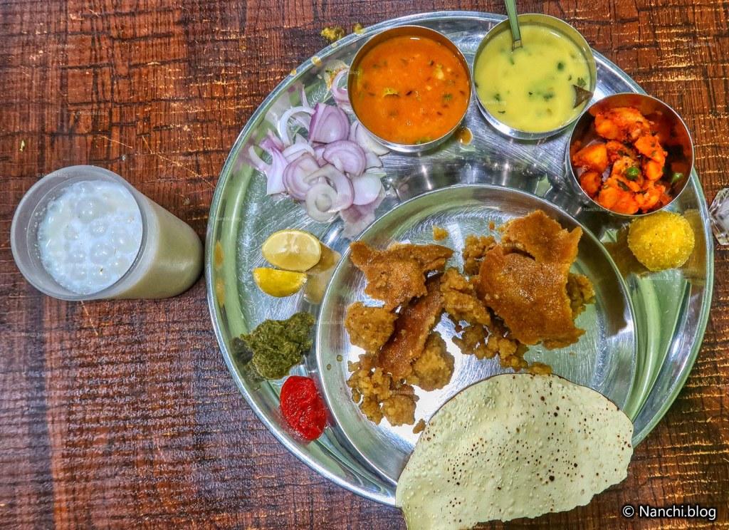Dal Bafla Thali, Rajhans Restaurant, Indore
