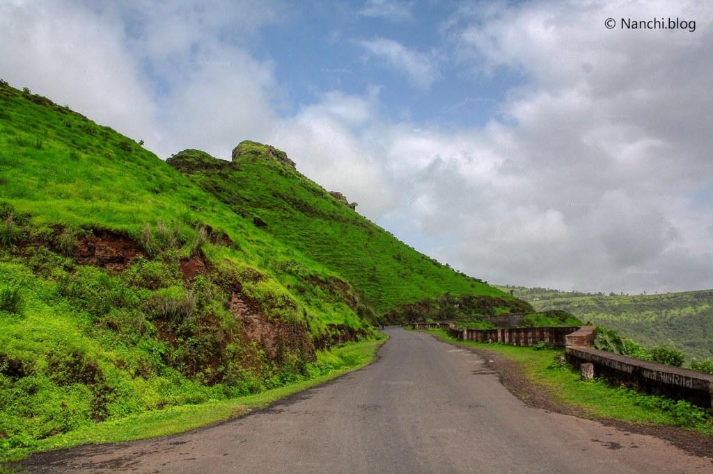 Road to Kaas Plateau, Satara, Maharashtra